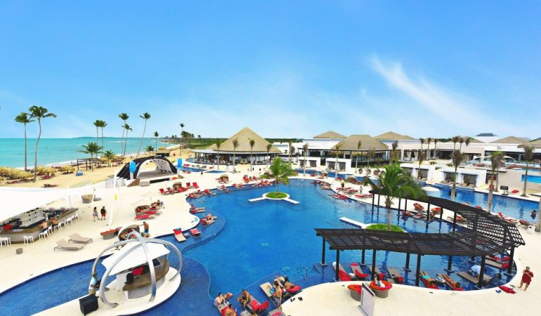 A Detailed Review: Chic Punta Cana – Luxury Travel