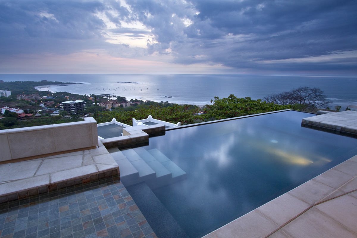 5 Reasons Why You Should Choose a Villa Rental on Your Next Vacation Getaway