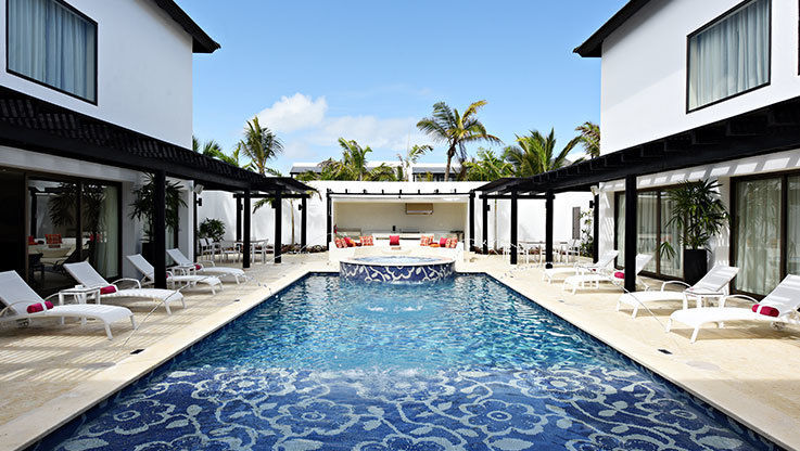 Chic Punta Cana pool side