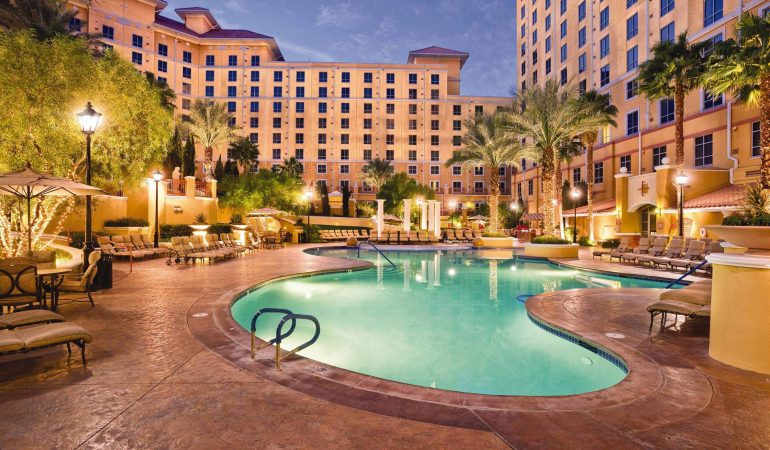 Reviews: Wyndham Grand Desert