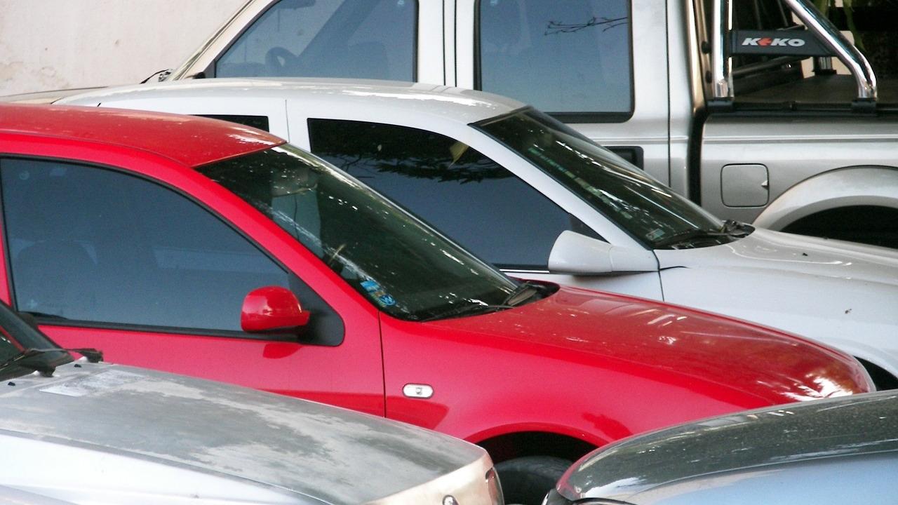 rent-a-car-automobiles-parking-lot