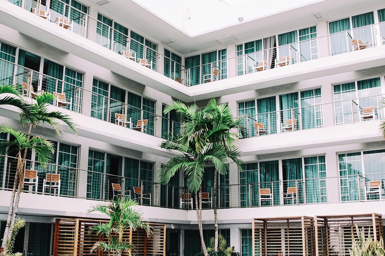 hotel room apartment